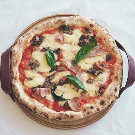 Gio Pizzas & Pastas